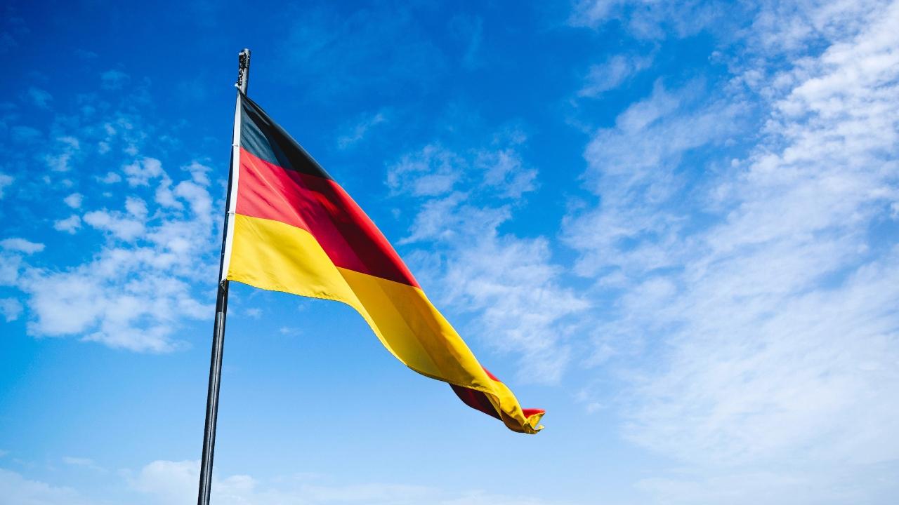 Nguồn học tiếng Đức cho người mới bắt đầu p1 the blue expat podcast