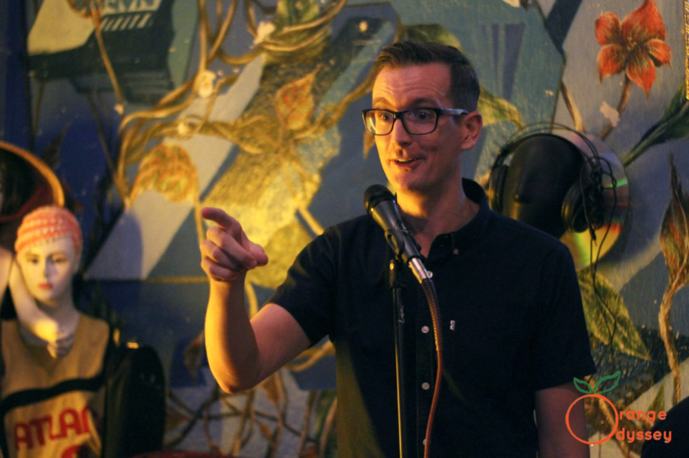 The blue expat podcast Interview with Niall Mackay from 7 million bikes a saigon podcast standup comedy