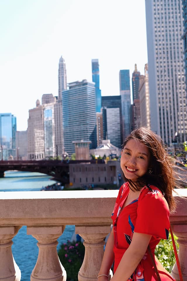 booktuber Thao Nguyen The Blue Expat podcast